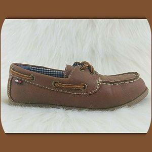 3ee2881ec1da TOMMY HILFIGER Travis Little Boys Boat Shoes